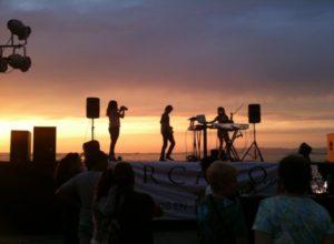 Laguna Beach Community Nightlife Live music sunsets dinners dive bars